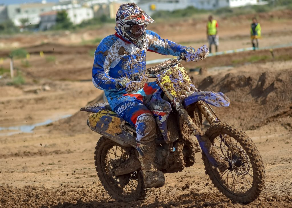 dirt bike picture description for speech therapy aphasia, motor speech, visual neglect